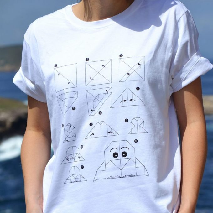 camiseta-hombre-mujer-eco-origami-pinguino-blanca